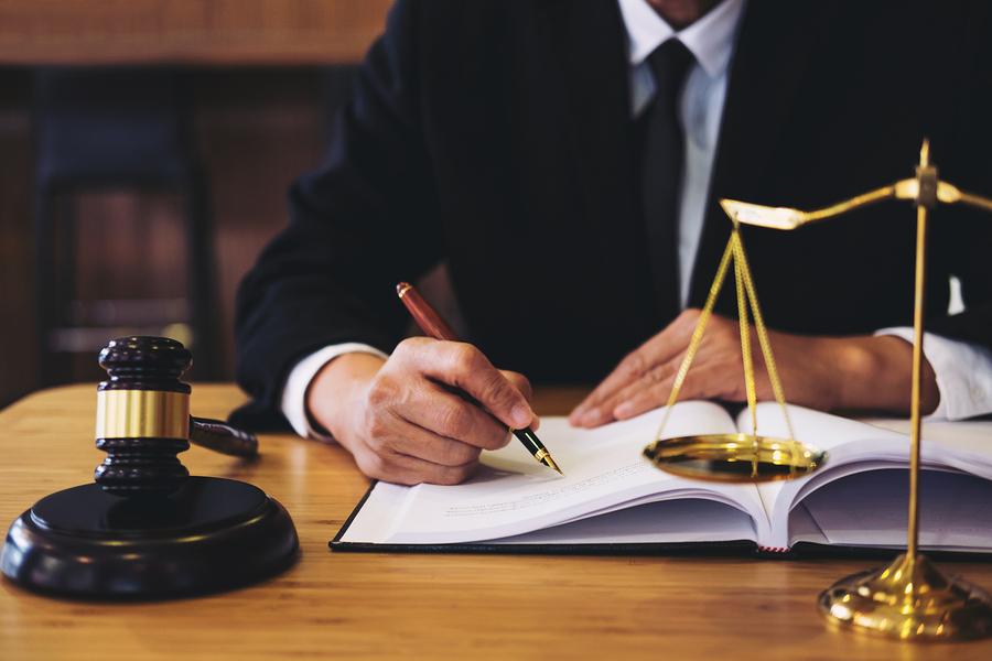 avocați București